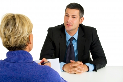 6 Tips for interviewing candidates from the recruitment experts.